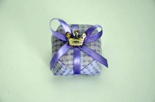 BN 006 - P. xadrez lilás c ft lilás nº1 c pingente R$ 3,50